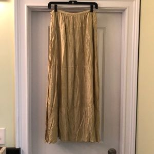 ISDA & CO GOLD KRINKLY SKIRT sz 4